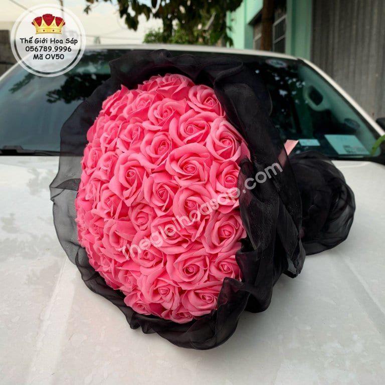 bó hoa sáp màu hồng