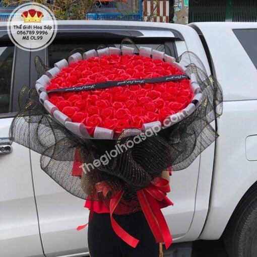 Hoa hồng sáp thơm 99 bông gói lưới
