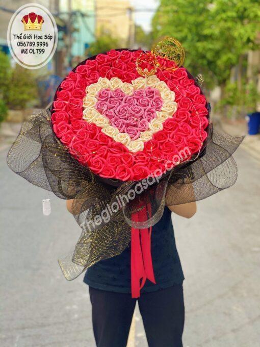 Bó hoa sáp thơm trái tim 99 bông