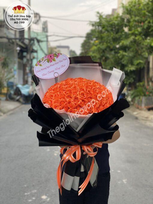 hoa sap màu cam