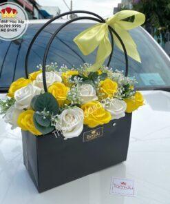 giỏ nhựa hoa sáp