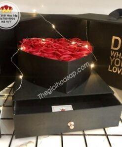 hộp tim hoa sáp