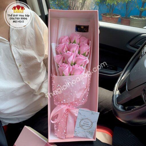 hộp hoa sáp màu hồng