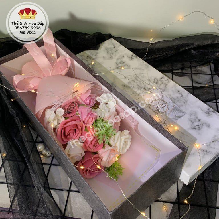 hộp quà hoa sáp màu hồng
